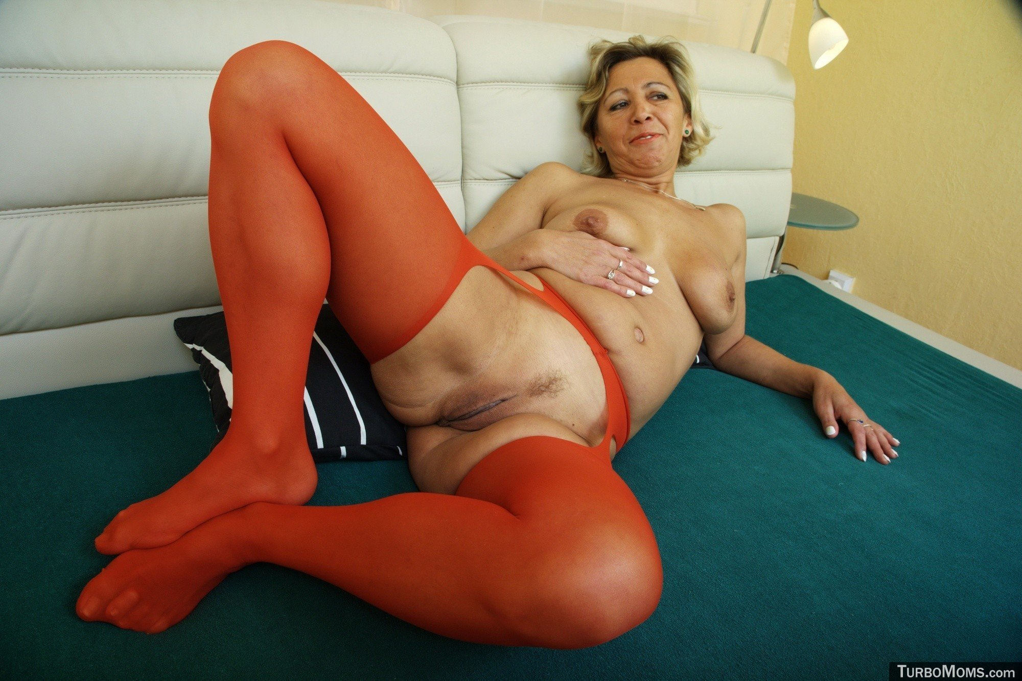 Free Clips Of Mature Women